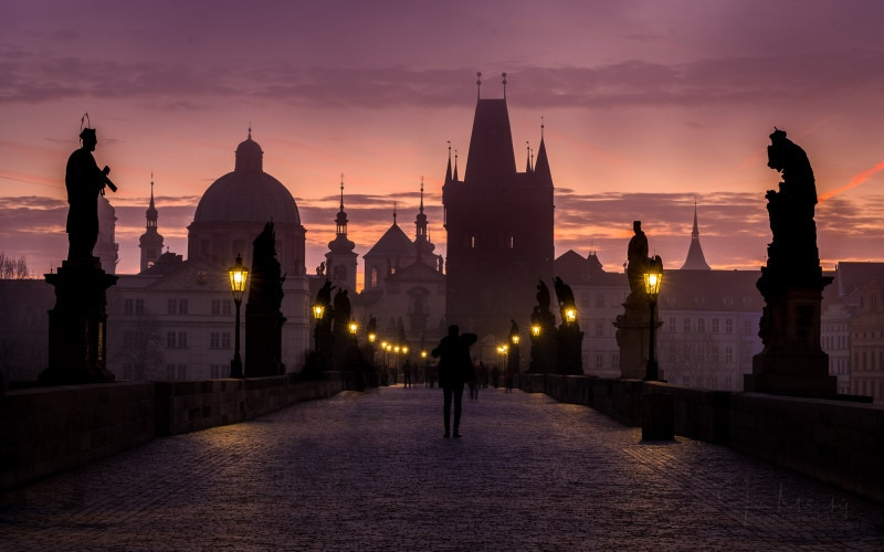 Early morning at Charles bridge, Prague