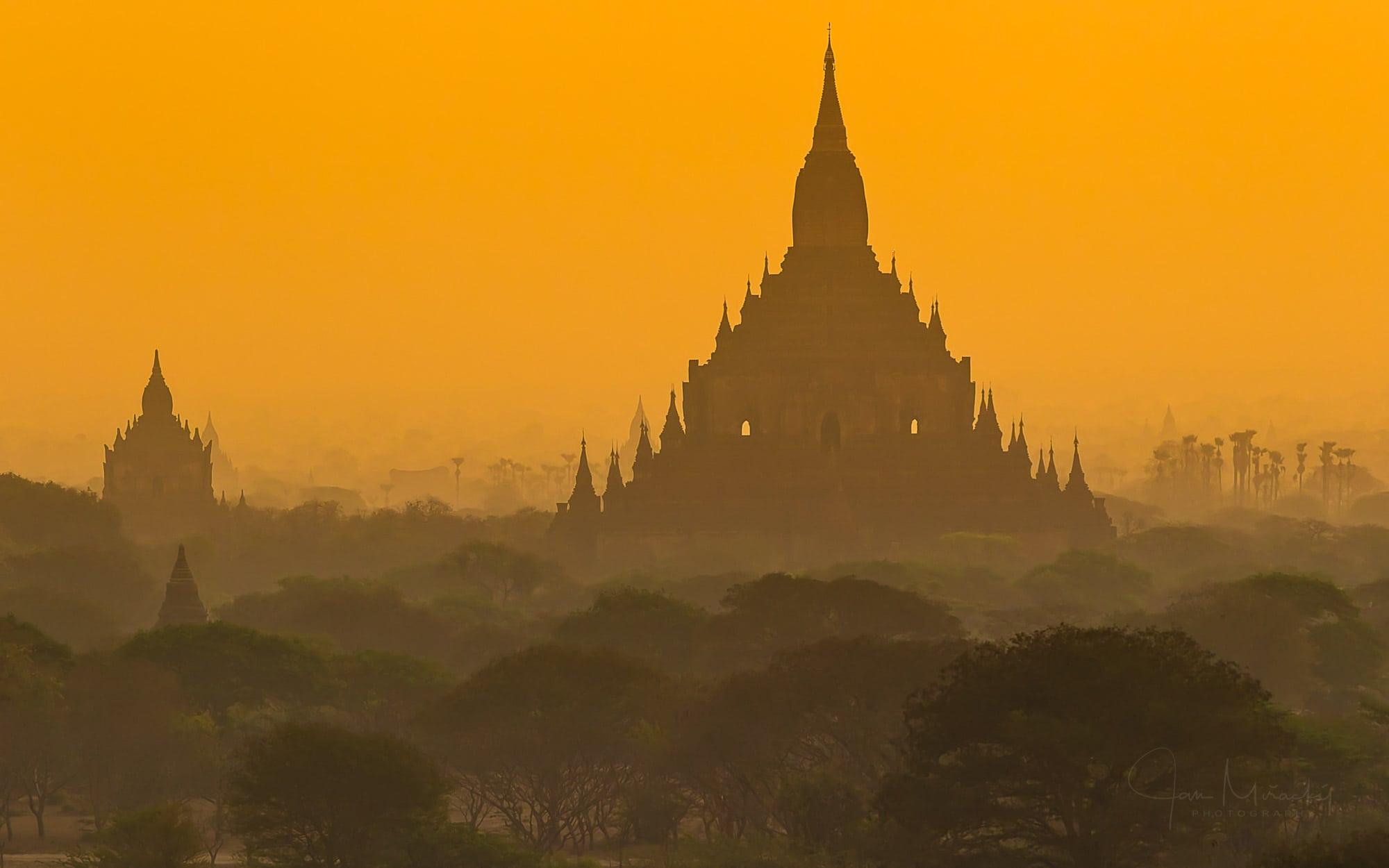 Beautiful atmosphere during sunrise in Bagan