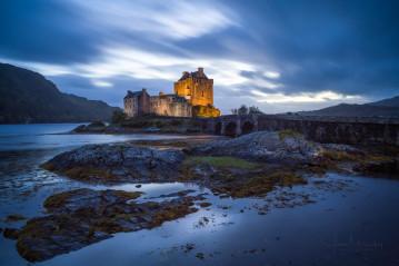Eilean Donan Castle at dusk